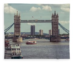 Tower Bridge B Fleece Blanket