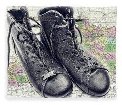 Traveling Boots Kentucky Fleece Blanket