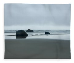 Tres Rocas Fleece Blanket