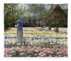 Tulip Culture Fleece Blanket