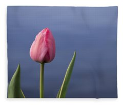 Tulip Over Ripples Fleece Blanket