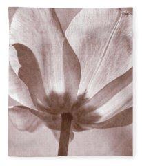 Tulip Transparency Iv Fleece Blanket