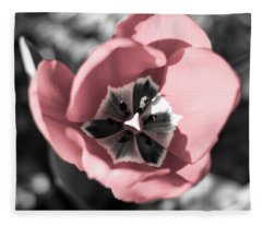 Tulip Up Close Fleece Blanket