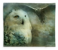 Tundra Traveler 2015 Fleece Blanket