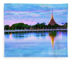 Twilight City Lake View Fleece Blanket