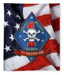 U S M C  1st Reconnaissance Battalion -  1st Recon Bn Insignia Over American Flag Fleece Blanket
