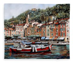 Una Lunga Barca Rossa Fleece Blanket