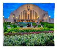 Union Terminal At Sunrise Fleece Blanket