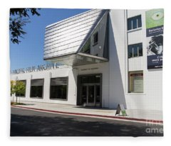 University Of California Berkeley Art Museum Pacific Film Archive Dsc4609 Fleece Blanket