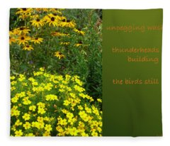 Unpegging Wash Haiga Fleece Blanket