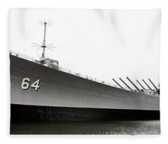 Uss Wisconsin - Port-side Fleece Blanket
