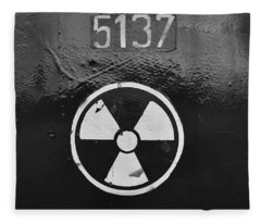 Vault 5137 Fleece Blanket