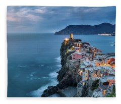 Vernazza Fleece Blanket