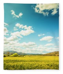 Vertical Plains Fleece Blanket