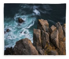 Vertigo Fleece Blanket