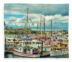Victoria Harbor 1 Fleece Blanket