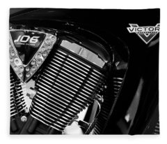 Victory Bw V1 Fleece Blanket