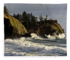 Vigorous Surf Fleece Blanket