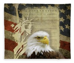 Vintage Americana Patriotic Flag Statue Of Liberty And Bald Eagle Fleece Blanket