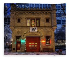 Vintage Chicago Firehouse With Xmas Lights And W Flag Fleece Blanket