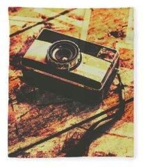 Vintage Old-fashioned Film Camera Fleece Blanket