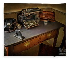Vintage Writers Corner Fleece Blanket