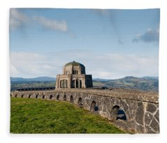 Vista House At Crown Point Fleece Blanket