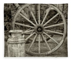 Wagon Wheels Fleece Blanket