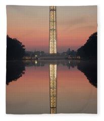 Washington Monument At Dawn Fleece Blanket