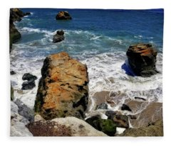 Water And Rocks Fleece Blanket