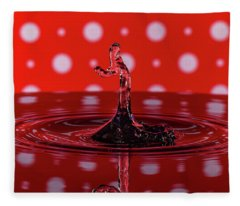 Water Drop Art Fleece Blanket