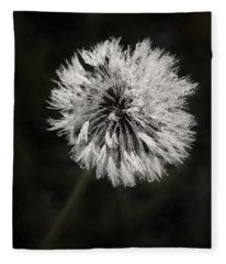 Water Drops On Dandelion Flower Fleece Blanket