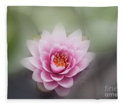 Water Lotus Flower Fleece Blanket