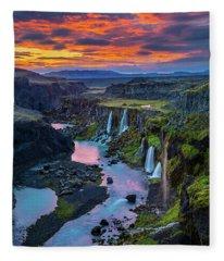 Waterfalls Canyon Fleece Blanket