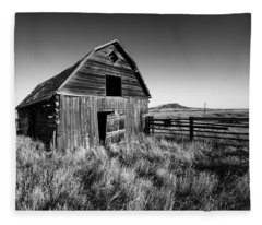 Weathered Barn Fleece Blanket