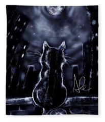 Whispering To The Moon Fleece Blanket