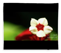 White And Red Flower Fleece Blanket