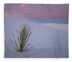 White Dunes Fleece Blanket