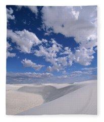 White Gypsum Dunes Fleece Blanket