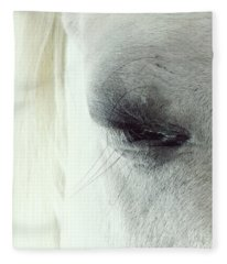 White Horse Beautiful Eye Fleece Blanket