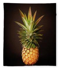 White Pineapple King Fleece Blanket