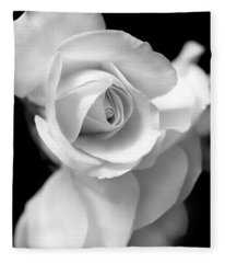 White Rose Petals Black And White Fleece Blanket