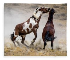 Wild Stallion Battle - Picasso And Dragon Fleece Blanket