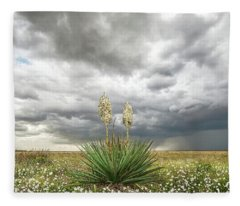 Wildorado Yucca Fleece Blanket