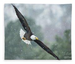 Winter Hunter Fleece Blanket