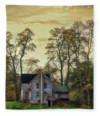 Wiscoy Farmhouse Fleece Blanket