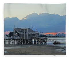 Wollaston Beach Quincy Ma Sunset Boston Skyline Quincy Ma Fleece Blanket