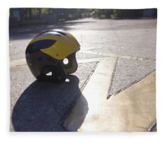 Wolverine Helmet On The Diag Fleece Blanket
