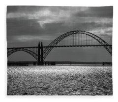 Yaquina Bay Bridge Black And White Fleece Blanket