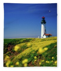 Yaquina Head Lighthouse- V2 Fleece Blanket
